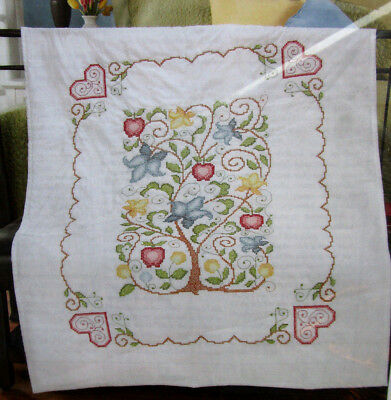 """Tree Of Life Lap Quilt Top Stamped Cross Stitch Kit 34"""" x 43"""""""