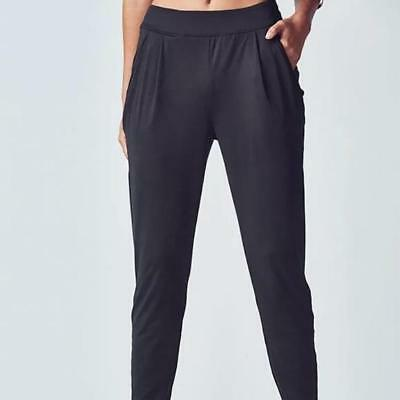 b1edbc991b157a Fabletics~Black~Artemis Athleisure Slouchy Joggers Pants~Relaxed Fit  Workout~L