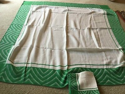 Vintage Kitchen Tablecloth with 6 Napkins White Green Edges Cathedral Design