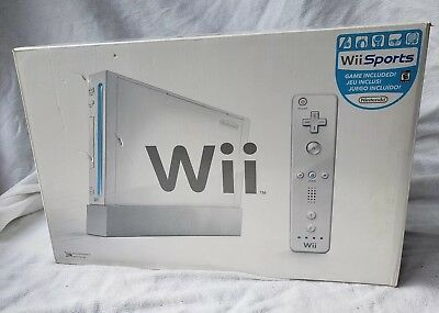 Nintendo Wii Console White with Wii Sports In Original Box Excellent Condition