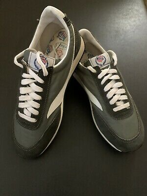 new arrivals ed604 3f242 Vintage Sneakers Deadstock
