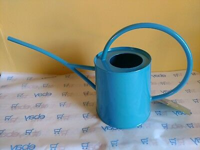 Wonderful Classic Shape Galvanized Metal Watering Can 1/2 Gallon, New Light Blue