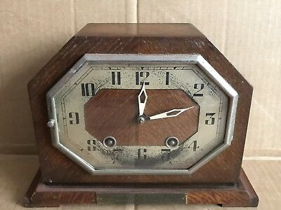 Small Vintage Mantle Clock with Empire De Luxe DeLuxe Movement - Plaque C.1943