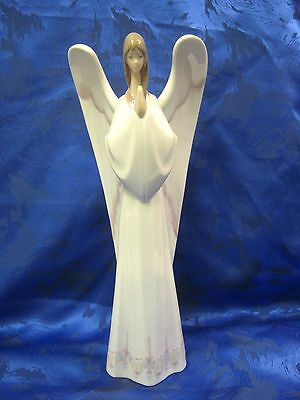 An Angel's Prayer Angel Porcelain Figurine Nao By Lladro   1274