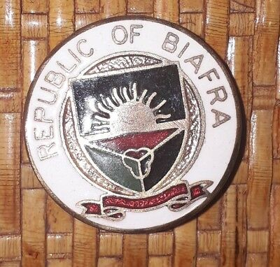 Insigne militaire guerre au Biafra Nigeria badge republic of