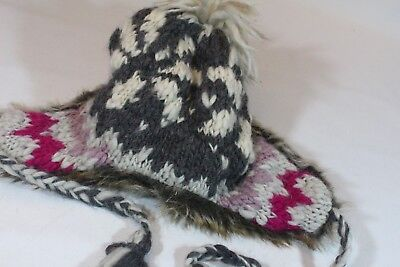 f1f11dea0 AMERICAN EAGLE OUTFITTERS TRAPPER HAT Knit WOOL GRAY PINK Cream Faux FUR