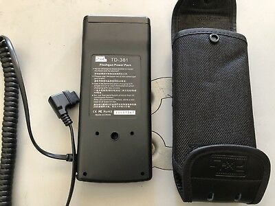 Pixel TD-381 Canon Flashgun Power Pack & Case + Cord Never Used No Batteries