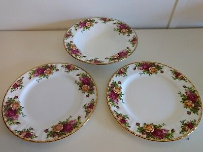 Royal Albert Old Country Roses Soup Bowl & 2 Salad Plates 1962 Gold Trim