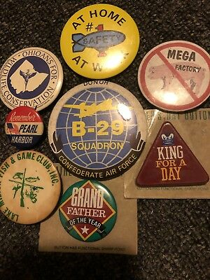 Remember Pearl Harbor.    Metal Collectors Advertising Buttons.