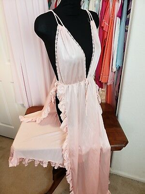 vtg Pandora Lingerie by Chic long pale peach nightgown sz M made in Calif USA
