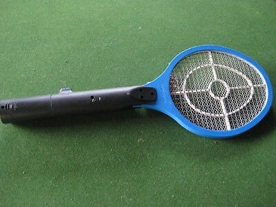 Shinyoku Electronic Mosquito Racket / Swatter With Light - Uses Batteries