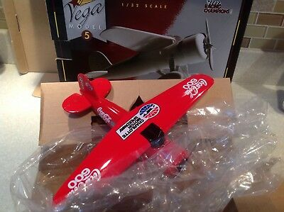 1932 Lockheed Vega #5 Diecast 1:32 Coca-Cola Collector Series Airplane New/box