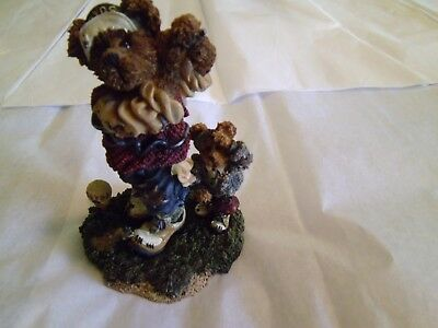 Boyds Bears and Friends Resin Collectible 1998 Arnold P Bomber the Duffer