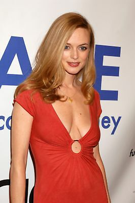Heather Graham Without Bra 8x10 Picture Celebrity Print