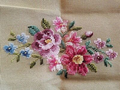 Vintage Bucilla Needlepoint Canvas Flowers Floral Hand Embroidered Wool Yarn NEW