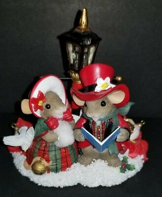 Charming Tails Extremely Rare Limited Edition We Wish You A Merry Christmas
