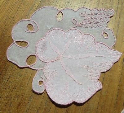 Set 6 Vintage Embroidered Madeira Coasters Pink Doilies Leaf Shaped w Grapes