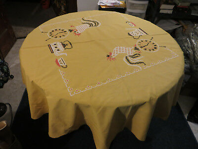 """Vintage Yellow Rooster Table Cloth Tablecloth Circular Tea Time Rhinestone 56"""""""
