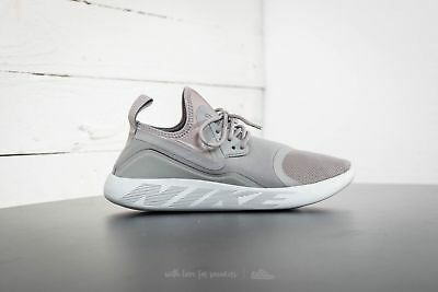 the latest 2bbfd dba2e Nike Lunarcharge Essential 923619 003 Mens Trainers