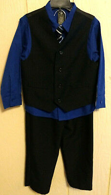 Dockers 4-pc Suit Set Boys Size 5 Pre-Owned in Excellent condition