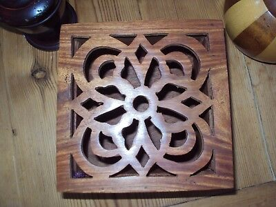Teak Potpourri / Keepsake Container with Hinged Fret-work Lid