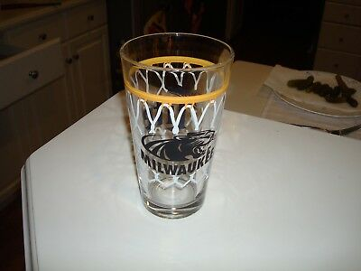 Rare UWM UW Milwaukee Panthers Miller Lite Beer Basketball Hoop Lace Pint Glass!