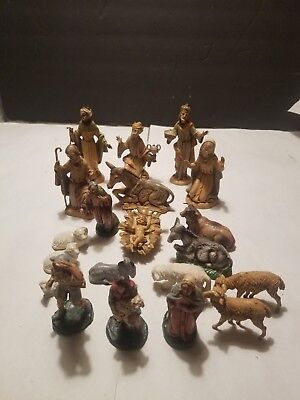 Vintage Depose  Nativity  Figures lot of 6 plus other figurines made in Italy
