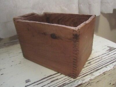 VTG Dove Tail Wood Box Rough Primitive Country Collectible Antique AAFA OLD! @@@