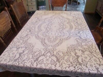 """VTG Soft Quaker Lace Style Tablecloth 71"""" X 47"""" Creamy White Collectible Linens"""