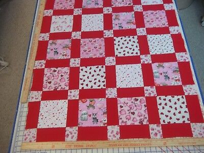Handmade Unfinished Quilt Top Valentine's With Red Sashing Approx.36x44(7)