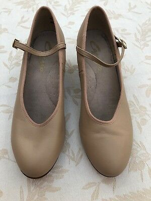 """Capezio Womens Character Shoes Beige Nude Tan 2"""" Heels Shoes Womens Size 9"""
