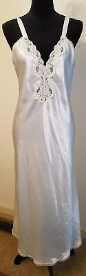 Vtg M VAL MODE White Lace Glossy Satin Long Gown NIghtgown Lingerie USA Made
