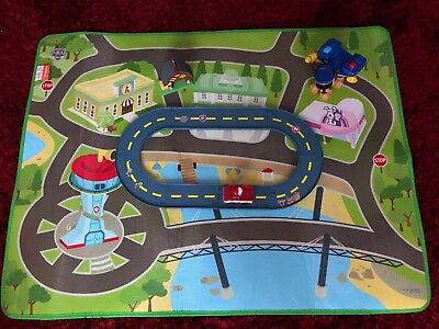 Paw Patrol Bundle Large Chase Figure Track With Car / Vehicle & Large Play Mat