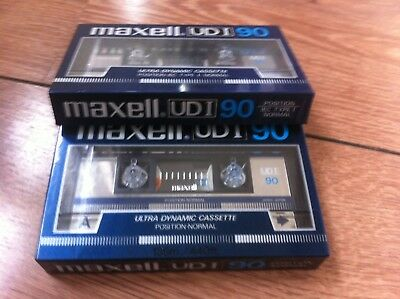 brand new old sealed stock 2 x MAXELL UDI 90 CASSETTES japan 1985