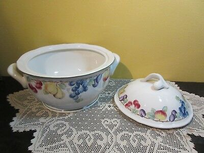 "Villeroy & Boch "" Melina "" Covered Vegetable Bowl with Lid"