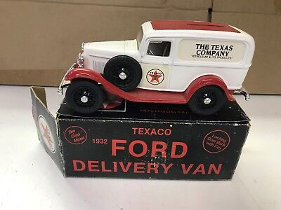 1986 Ertl Texaco 1932 Ford Delivery Van Coin Bank w/ Box #3 in series