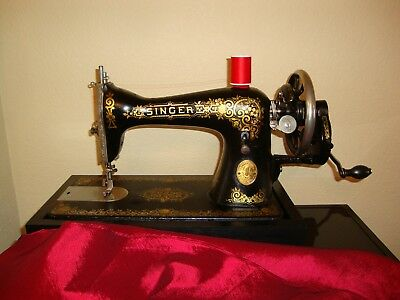 """Antique Singer Sewing Machine Model 15 """"gingerbread"""" Hand Crank, Serial Aa103260"""