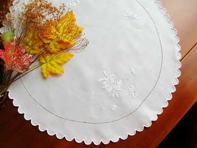 "Antique Scottish Hand-Embroidered White Linen Doily Tablecloth  20"" Diam. Mums"