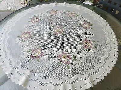 """Vintage Round Lace Table Topper Tablecloth 34"""" Ivory w/rose flower highlights"""