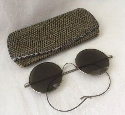 VINTAGE SILVER Tone WILLSON LENNON LOOK Green Round Lens SUNGLASSES with Case
