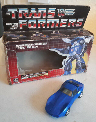 HASBRO Vintage TRANSFORMERS Autobot Warrior TRACKS w/ Original BOX Generation 1