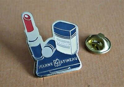 Pin's Pin Badge Mode Jeanne Gatineau Maquillage