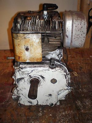 Vtg Briggs Stratton 2 Hp Engine Horizontal Shaft Parts Or Project