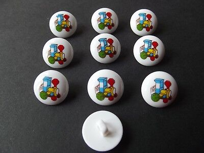 15mm 10 x WHITE with AEROPLANE MOTIF BUTTONS ~ Size 24L BABIES//CRAFT