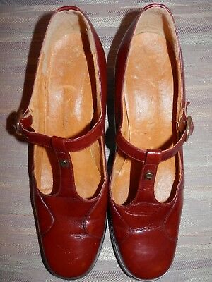 Vintage 70's Women's Etienne Aigner Oxblood Maryjane Buckle Shoes 8 8.5 Narrow