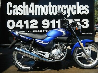 YAMAHA YBR 125cc x 2 non compliance selling as a pair as/is  auction no/reserve