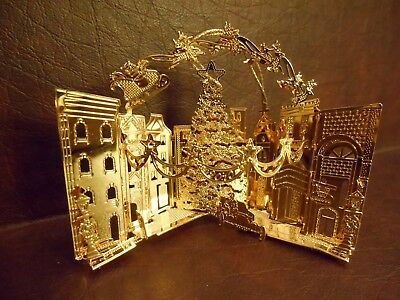 "Danbury Mint Gold Ornament  ""Christmas Shoppes""  2010"