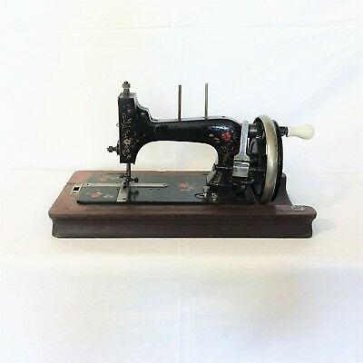 Macchina per cucire antique sewing machine Vesta Saxonia 1930