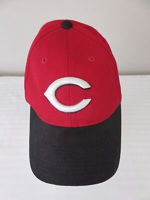 Team MLB Outdoor Cap Cincinnati Reds Red Black Adjustable Cap Hat Size S  0699e1f36630