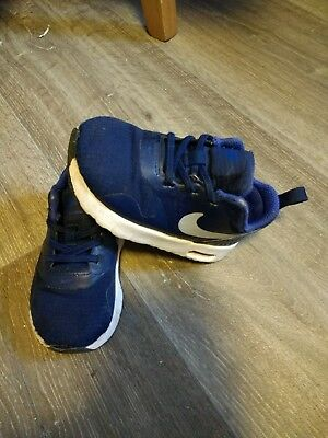 Toddler boy  Nike air Max trainers size 5.5
